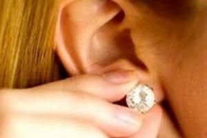 как сделать прокол ушей