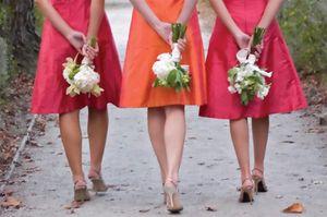 выбираем платье подруги невесты