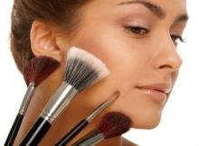 50% скидки на макияж в салоне красоты
